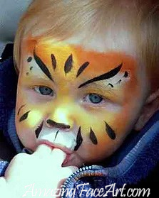032 - Tiger Face Painting